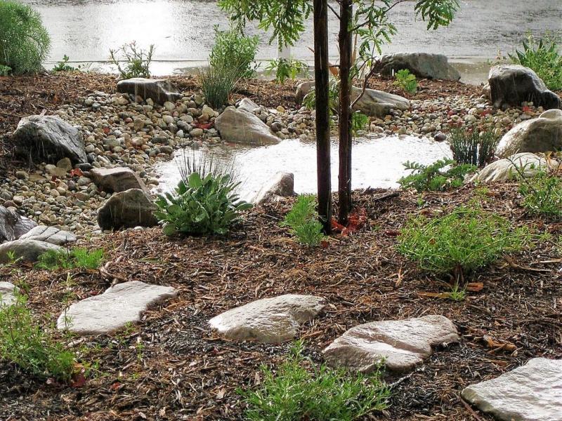 File:Stone in ponding zone.jpg