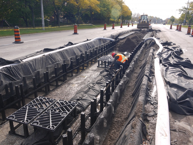 File:Mississauga - Central Parkway - silva cell installation.JPG